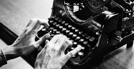 כתיבת ספרים והוצאתם לאור – כי לכתיבה אין גיל!